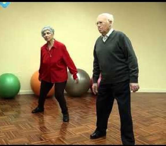 Fisioterapia para ayudar a mayores