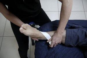 vendaje esguince de tobillo